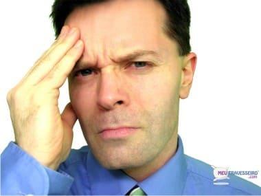 sono e dor de cabeça